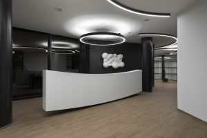 Designové osvětlení kanceláří Pro.Med Praha